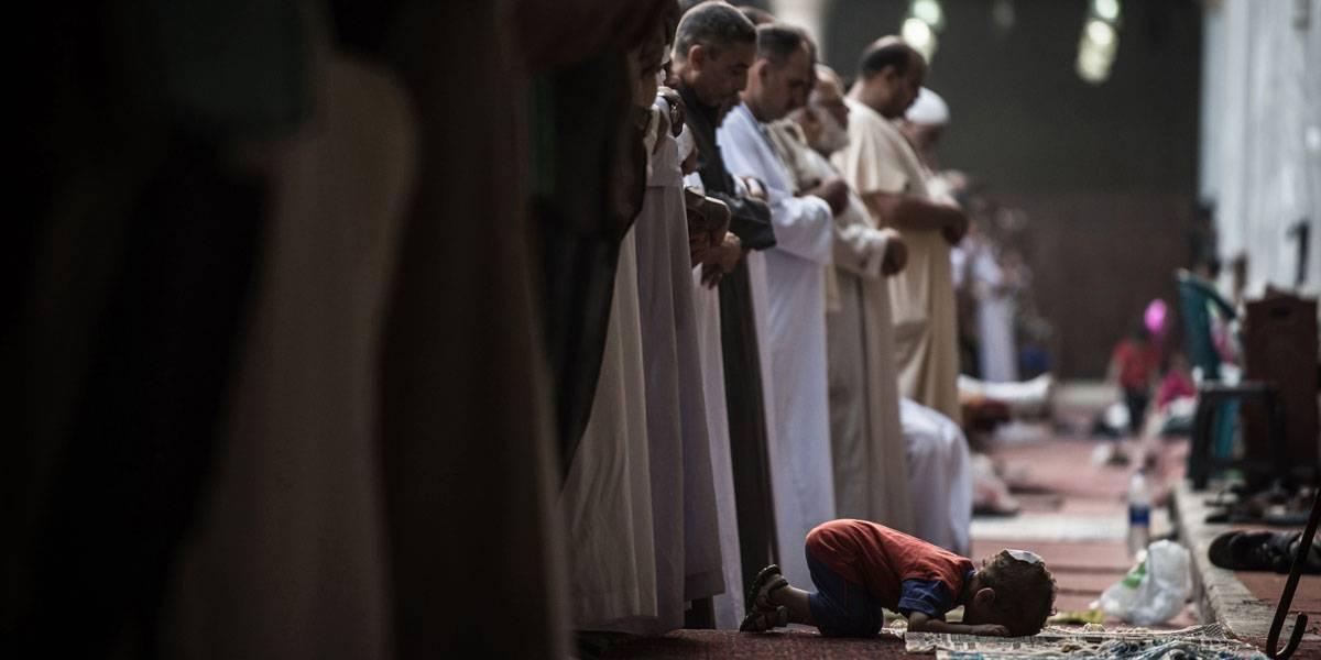 How do Muslims Pray? A Short History of Prayer in Islam - رصيف 22