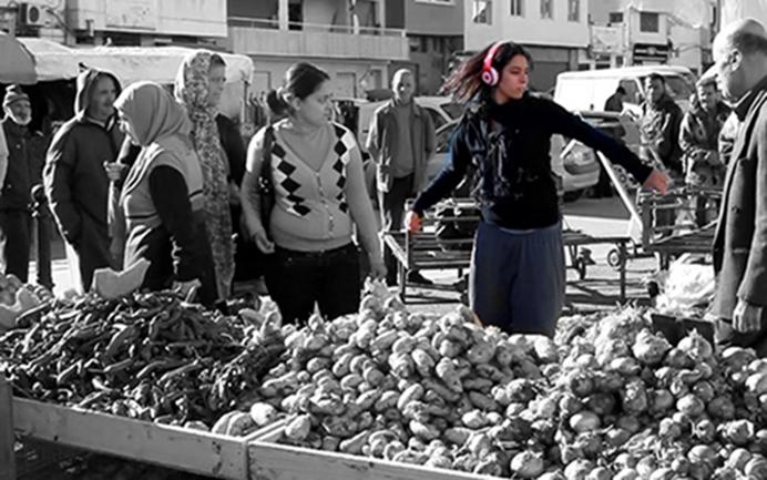 تونس والرقص في الساحات