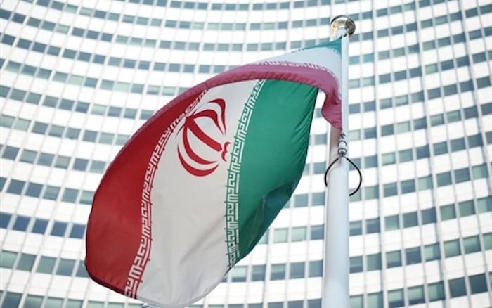 العرب والإيرانيون - برنامج إيران النووي