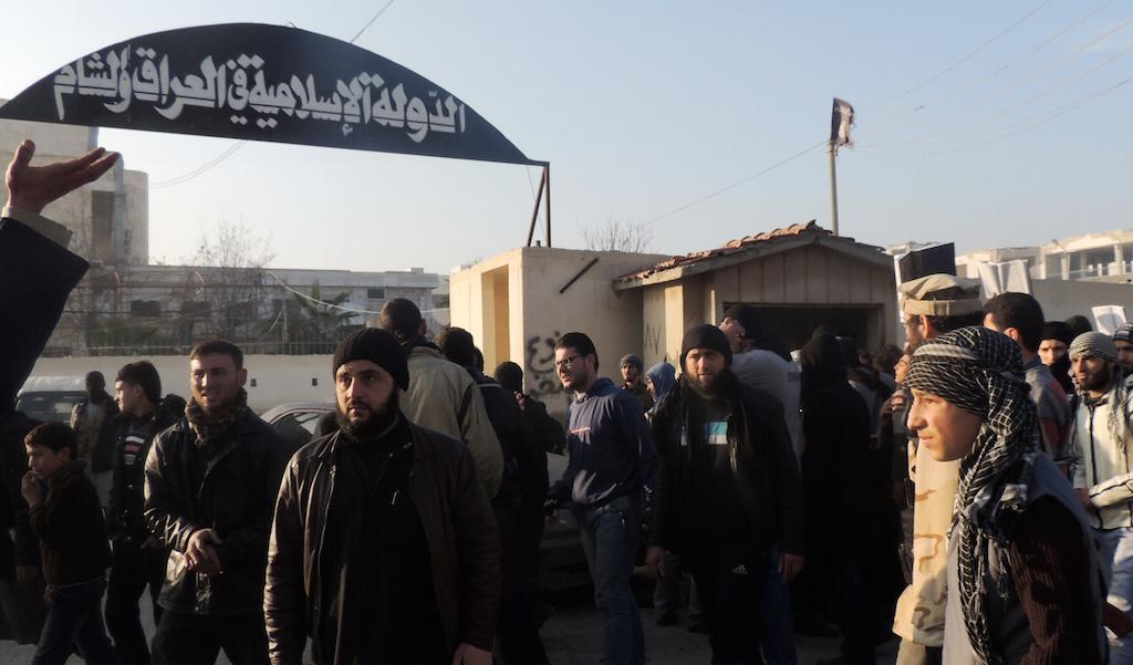 يوميات السوريين مع مهاجري داعش: يتزوجون الخليجيين ولا ينسجمون مع القوقازيين
