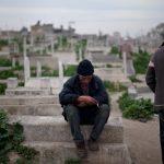 الزيتون: مقبرة الأحياء والأموات في غزة