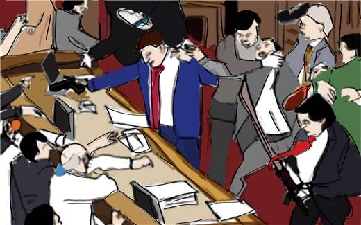 برلمانات أم حلبات مصارعة؟