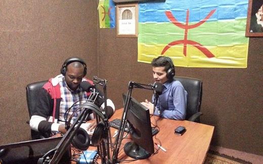 """راديو """"أوال"""" يبث القضية الأمازيغية في ليبيا"""