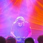 موريس لوقا، لقاء الموسيقى الشعبية بالموسيقى الإلكترونية
