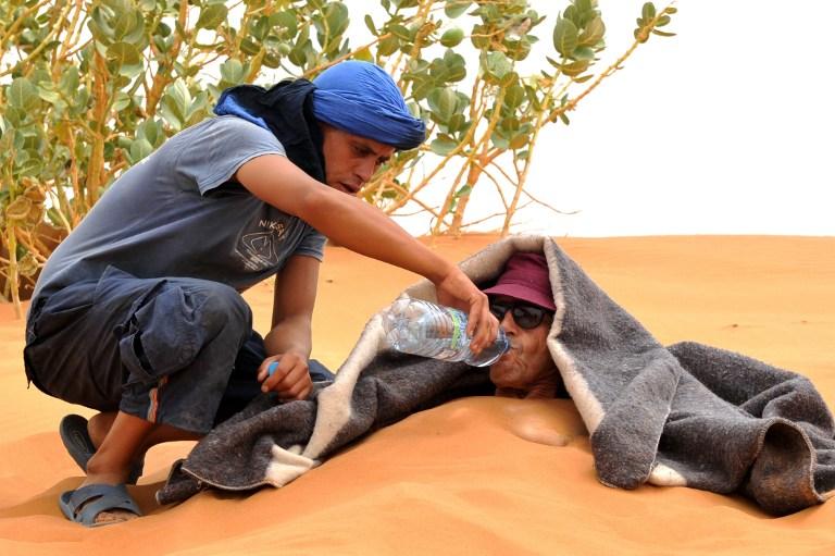مدينة مرزوكة .. عيادة مغربية للعلاج بالرمال