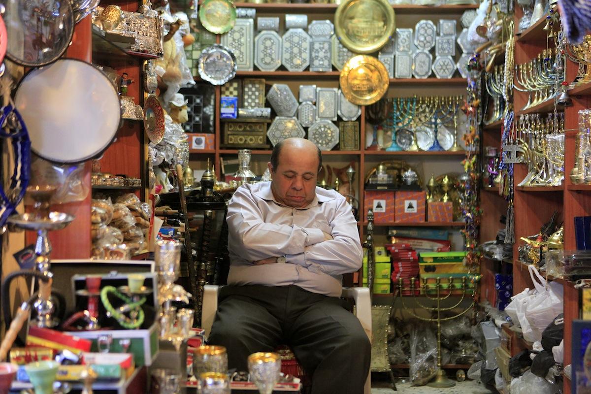 أسواق القدس تتراجع .. هوية مدينة القدس تتلاشى - صورة 1