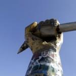 عصر سقوط تماثيل طغاة العالم العربي