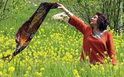 الحجاب في إيران - الإيرانيات وقصة التأقلم مع الحجاب - ما بعد الثورة
