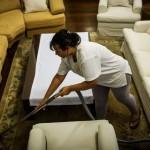 غياب القانون يهدر حقوق الأسر وعاملات المنازل