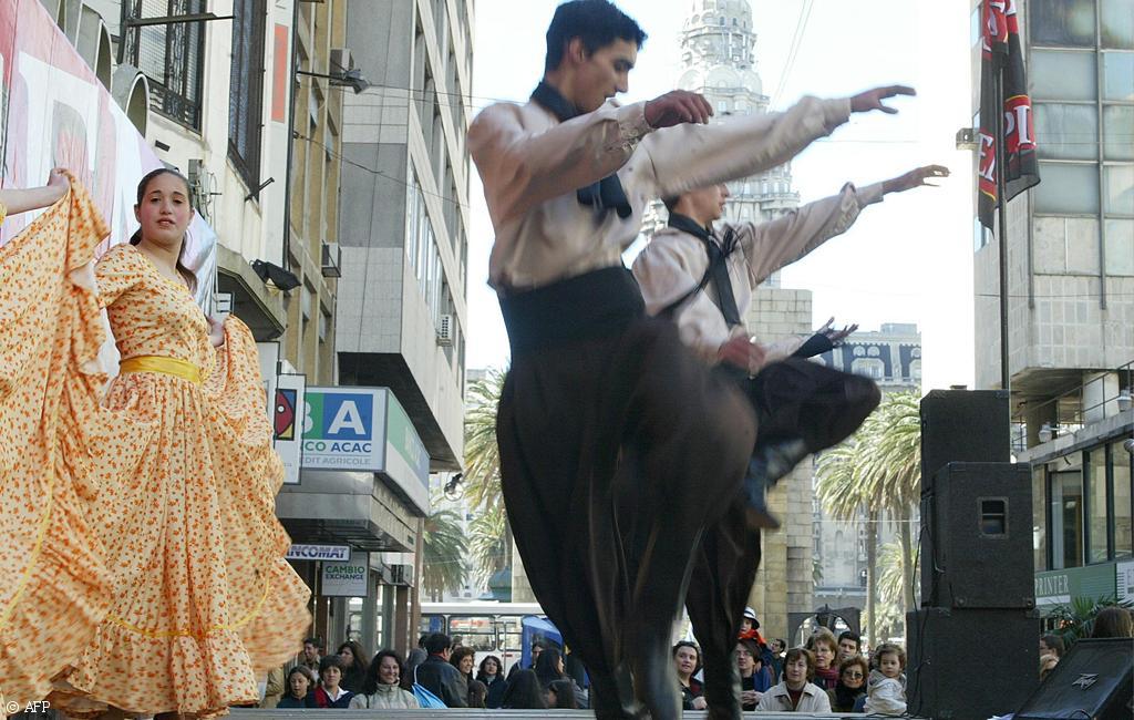 كيف ينظر غير العرب إلى التراث والماضي والتعددية الثقافية