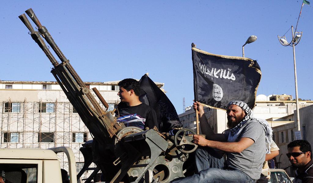 """""""الدولة الإسلامية"""" تتمدد إلى ليبيا، بوابة المغرب العربي"""