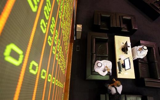 العاصفة تضرب الأسواق المالية العالمية والملجأ في الأسواق العربية