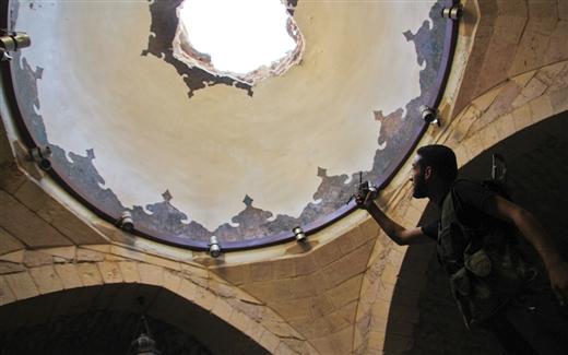 بالصور: حلب الركام