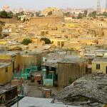 مدينة الموتى، حيث يعيش نصف مليون مصري