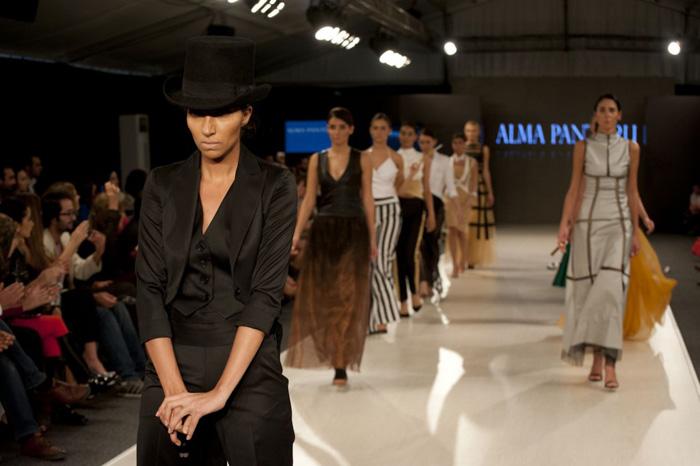 اسابيع الموضة العربية - اسبوع الموضة في عمان
