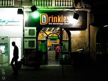 الضرائب المرتفعة تحاصر تجارة الخمور في مصر
