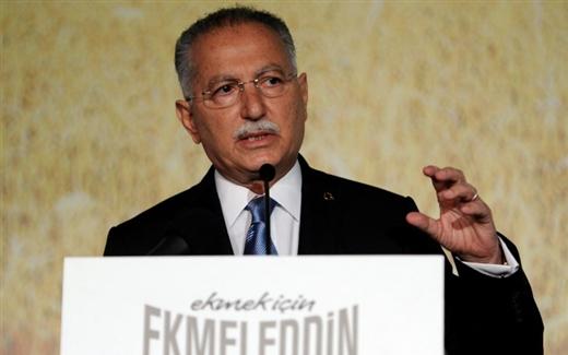 إحسان أغلو، خصم أردوغان الإسلامي