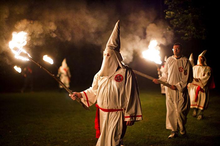 اشهر الأقنعة في العالم - قناع KKK