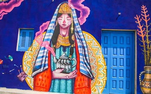 مدينة جربة التونسية تفتح أبوابها وجدرانها للفن