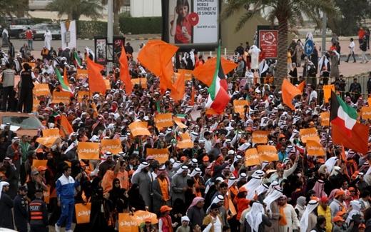 المعارضة الكويتية متغيرة حسب المتغيرات