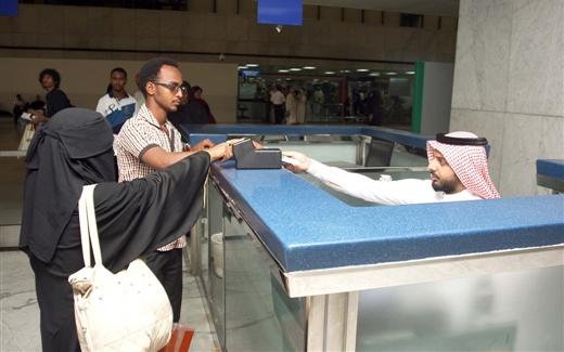 مستقبل الأجانب في السعودية على المحك