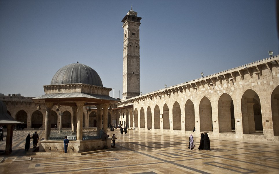 Syria - Travel - Umayyad Mosque of Aleppo