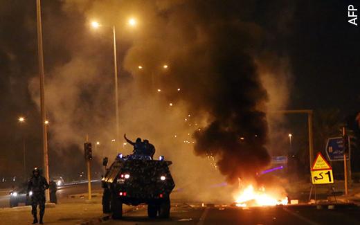 الأزمة الكويتية  - الأزمة الكويتية في أقل من 700 كلمة