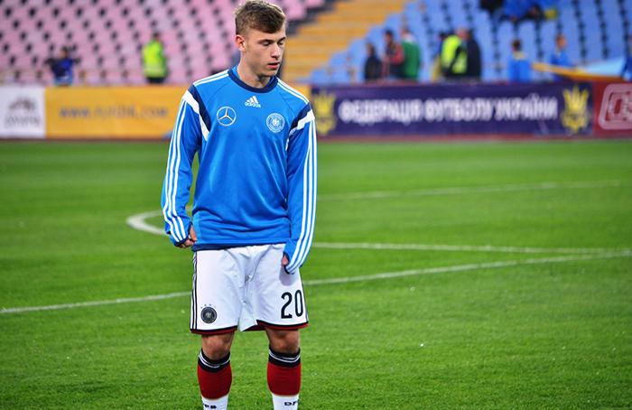 نجوم كرة القدم صاعدون - نجوم كرة القدم الجدد في أوروبا - ماكس ماير