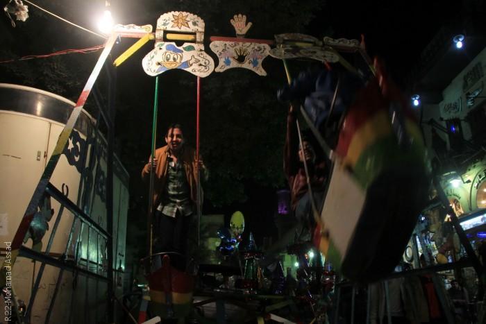 المصريون يحتفلون في ذكرى مولد الحسين - ألعاب