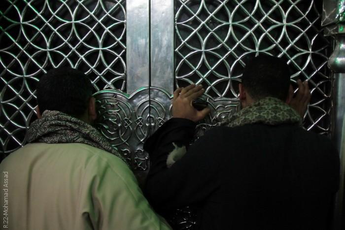 المصريون يحتفلون في ذكرى مولد الحسين - الباب
