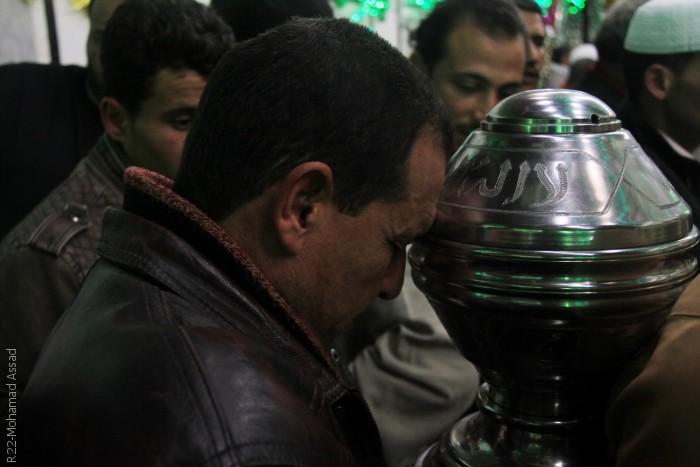 المصريون يحتفلون في ذكرى مولد الحسين