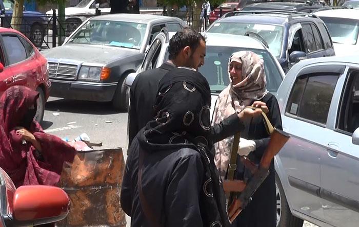 أول محطة بنزين مخصصة للنساء في اليمن - صورة 1