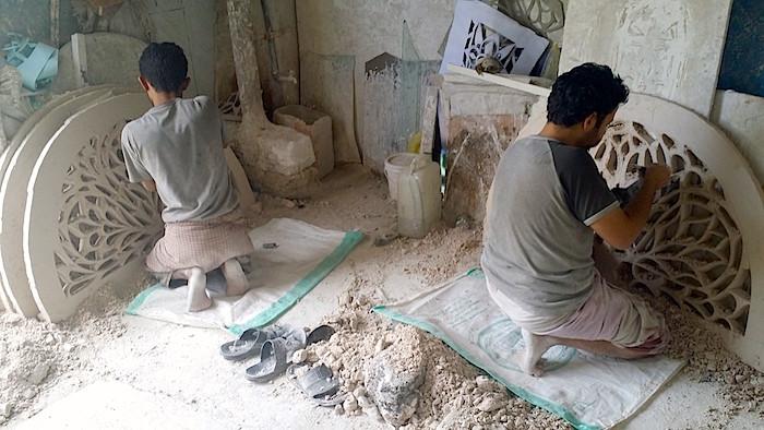 الزخرفة اليمنية - صناع الزخرفة