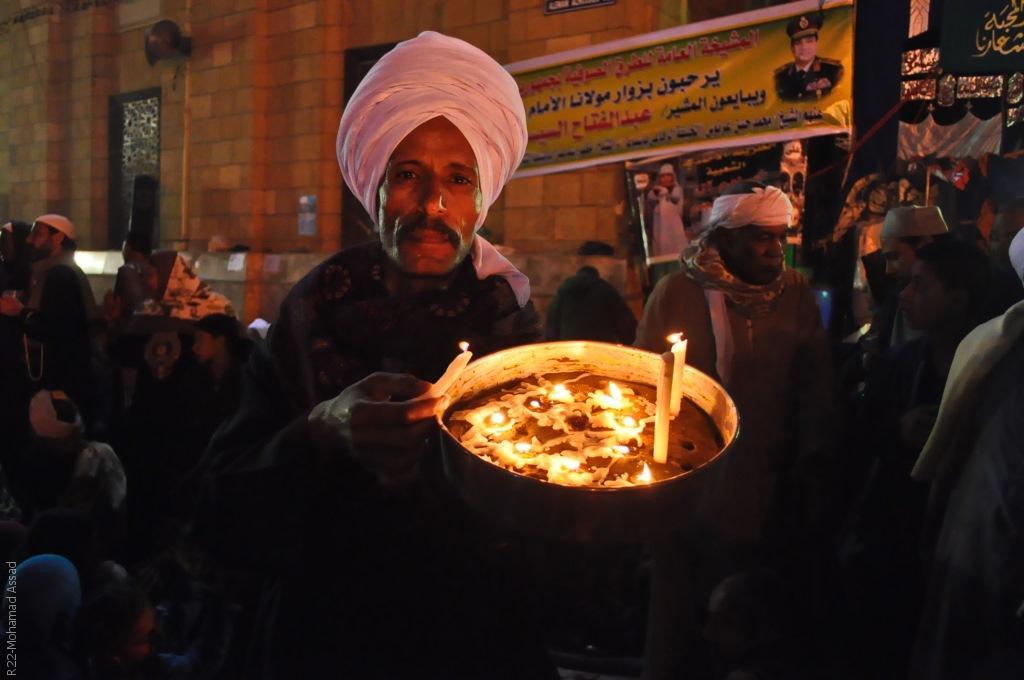المصريون، شعب سني المذهب شيعي الهوى؟