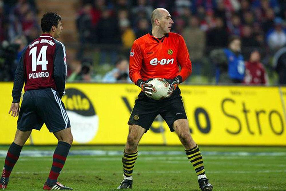 بالصور: أقصر اللاعبين وأطولهم في كرة القدم