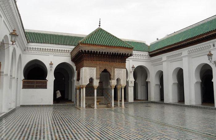 اقدم الجامعات العربية - جامعة القرويين في المغرب