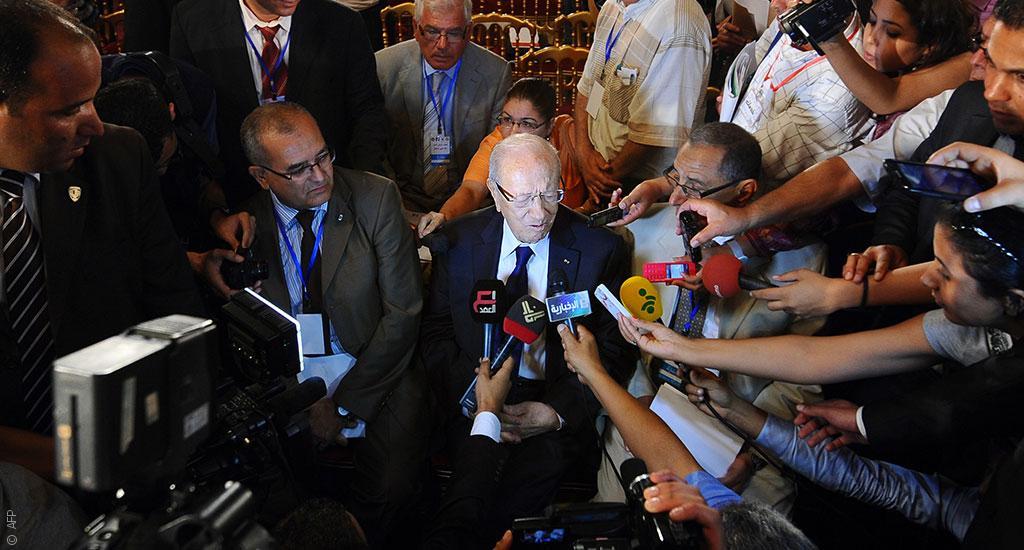 حرية الصحافة في تونس: مخاوف من العودة إلى مرحلة القمع