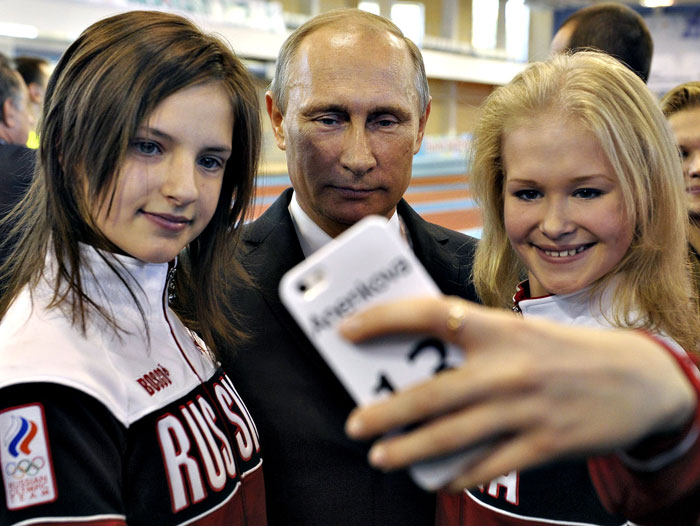 صور السيلفي في عالم السياسة - السيلفي في عالم السياسيين - سيلفي بوتين
