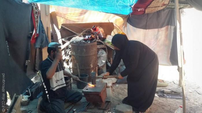 نساء من غزة يمارسن مهن الرجال - صورة 2