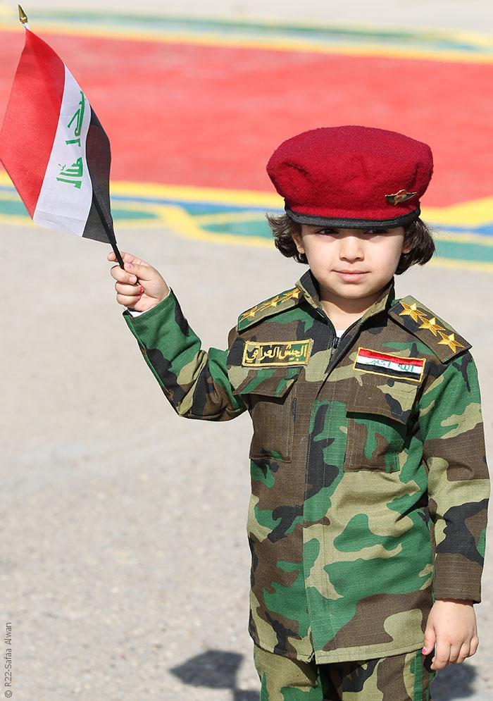 الملابس العسكرية في بغداد تنتشر وتثير رعب الأهالي - صورة 1