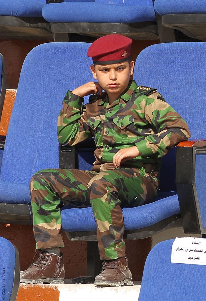 الملابس العسكرية في بغداد تنتشر وتثير رعب الأهالي - صورة 2