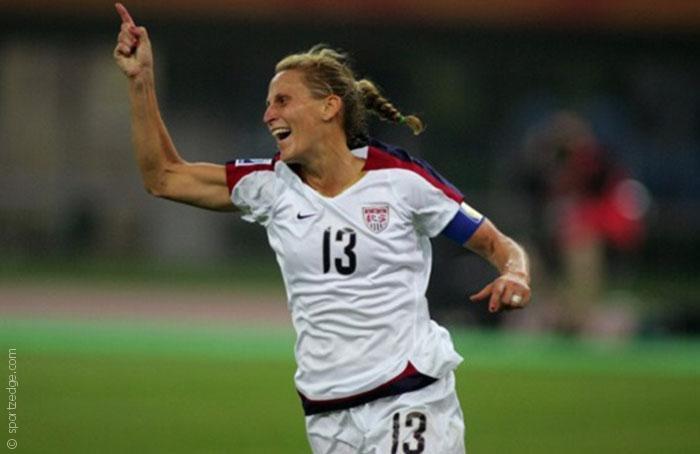 أفضل اللاعبات في تاريخ كرة القدم النسائية - صورة 4