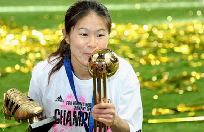أفضل اللاعبات في تاريخ كرة القدم النسائية - صورة 5