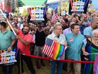 كيف تعاطى العالم العربي مع تشريع زواج المثليين في الولايات المتحدة؟