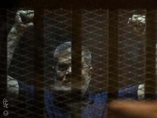 مصر: أحكام إعدام بالجملة