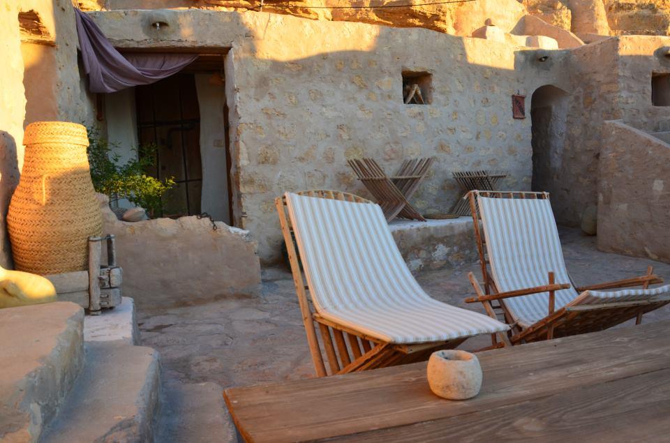 السياحة التضامنية في تونس - فندق