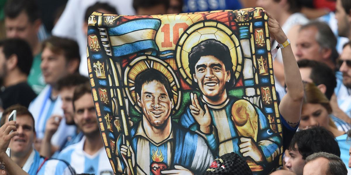من هو الأفضل في تاريخ كرة القدم: مارادونا أم ميسي؟