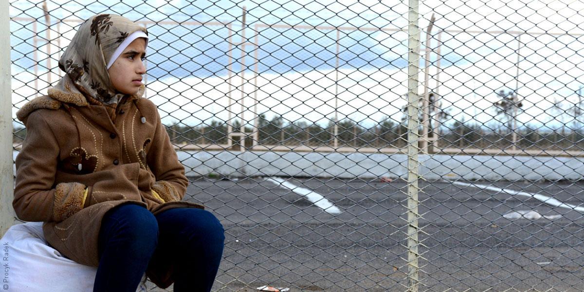 اللاجئون السوريون في العراق: خطر السيارات المفخخة أهون من القصف العشوائي