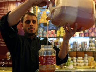 الغش في العسل اليمني قد يقضي على شهرته العالمية