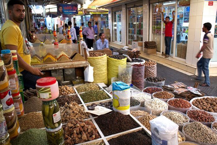 زيارة البحرين - ماذا تفعل في البحرين إذا زرتها Mahmood-Al-Yousif_Flickr_Souq